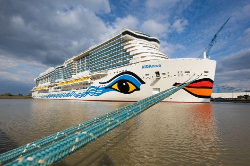 Erstes mit flüssigem Erdgas (LNG) betriebenes Kreuzfahrtschiff hat die Meyer Werft in Papenburg verlassen