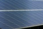 Solarzentrale umfasst die vollst�ndige W�rmetechnik - Kompakte Ger�teeinheit mit geringem Platzbedarf