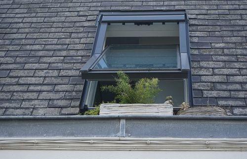 Fenster und Türen abdichten – Schluss mit Zugluft