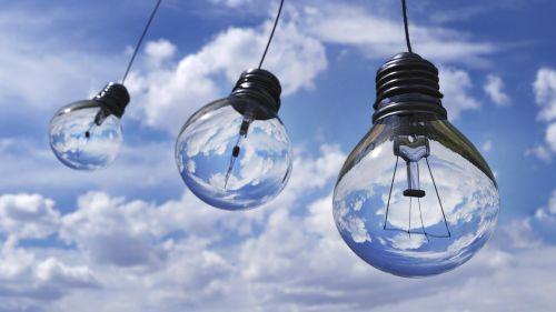 Halogenlampen verschwinden bald vom Markt - nach der Glühbirne trifft es die nächste Leuchte
