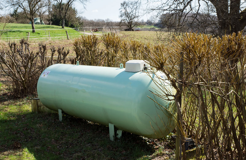 Sicherheitscheck von Flüssiggas-Tanks