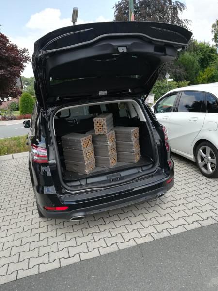 Kofferraumangebot 10 x Brikett Pini & Kay