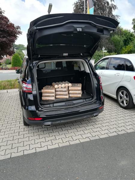 Kofferraumangebot 10 x Hartholzbriketts rund 1 Paket 6 kg