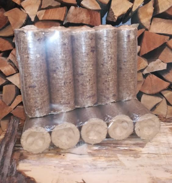 Hartholzbriketts rund Ø 70 mm 1 Paket á 6 kg