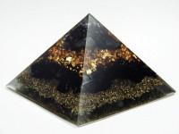 Sechsseitige Pyramide mit Titanium Aura Kristall