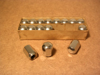 Hutmuttern M12x1,5 Verchromt