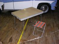 Camping-Koffertisch mit Sitz