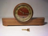 Wohnzimmer-Uhr / 50er Jahre