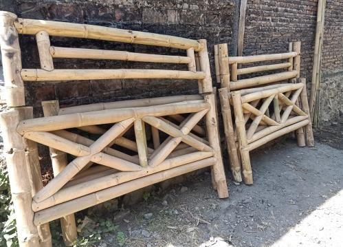 Jetzt neu: Aufbauservice für Ihren Bambus-Pavillon! Deutschlandweit.