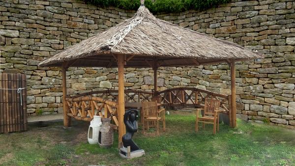 Bambus Pavillon, Gazebo 4,20 x 4,20 m mit Seitenteilen