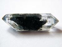 Black Seed Kristall mit Carbon-Einschlüssen