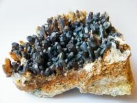 Bergkristallstufe mit Mangan