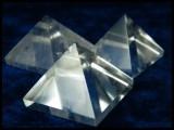 Pyramide aus Bergkristall