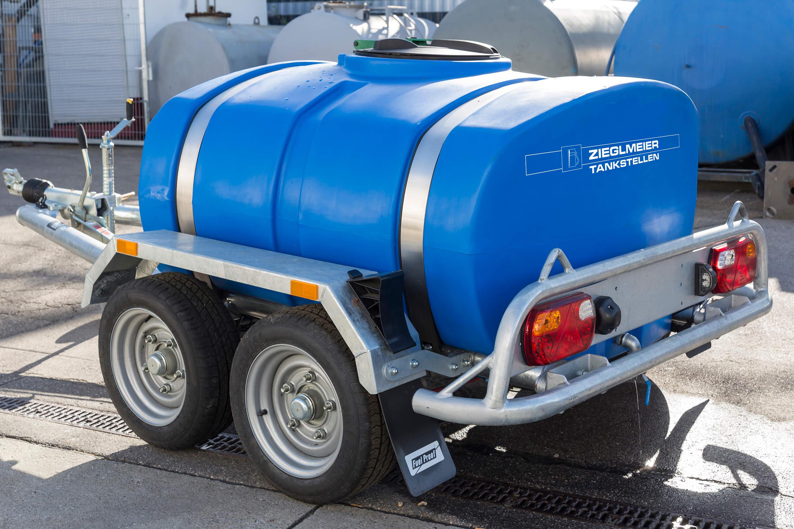 1.100l Wassertankanhänger