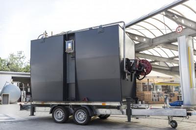 10.000l Dieseltank auf  PKW Anhänger