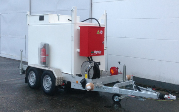 Baustellentank mobil 3000l auch in Benzinausrüstung erhältlich.