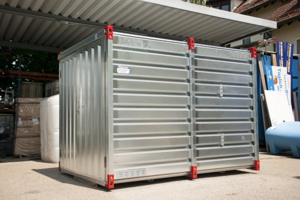 Dieseltank im Materialcontainer
