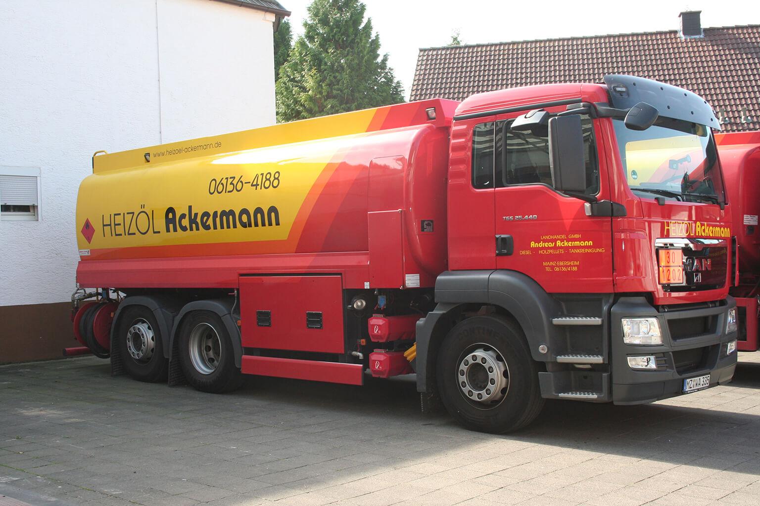 Tankwagen von Landhandel Ackermann GmbH