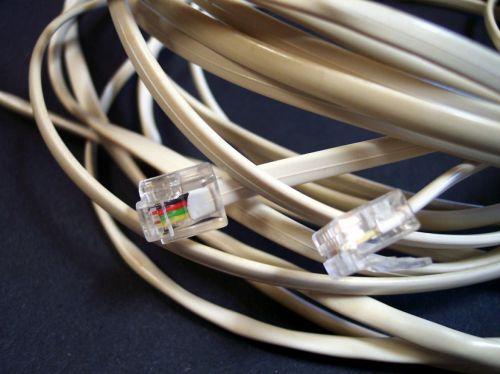 IW Köln: Mangelnde Kommunikationsnetze bremsen die Wirtschaft