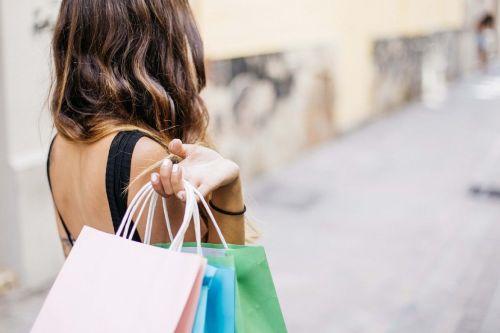 Verbrauchervertrauen: Die Corona-Pandemie hat die Kauflust der Deutschen stark gedämpft